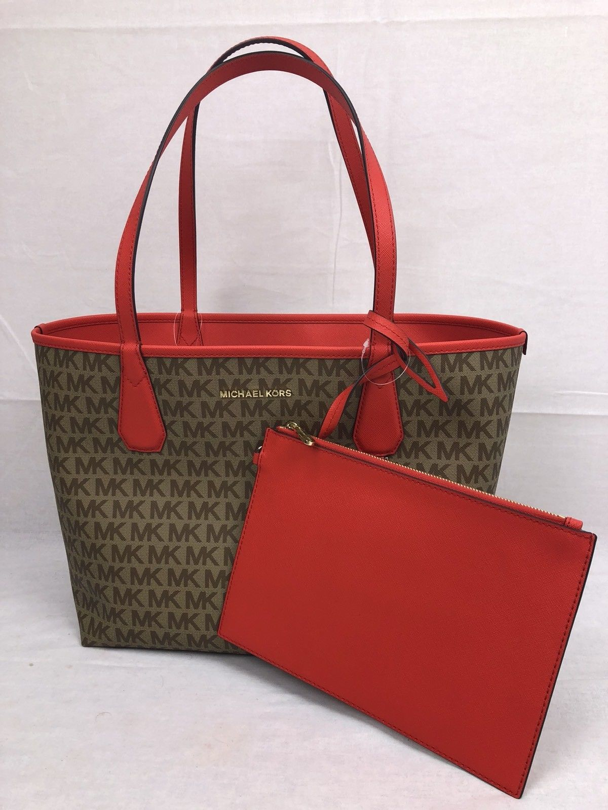97d413eb9062 Nwt Michael Kors Signature Candy Large and 50 similar items. S l1600
