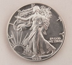 1989 Silver Eagle $1 Coin One Troy Ounce Uncirculated Brilliant - $37.39