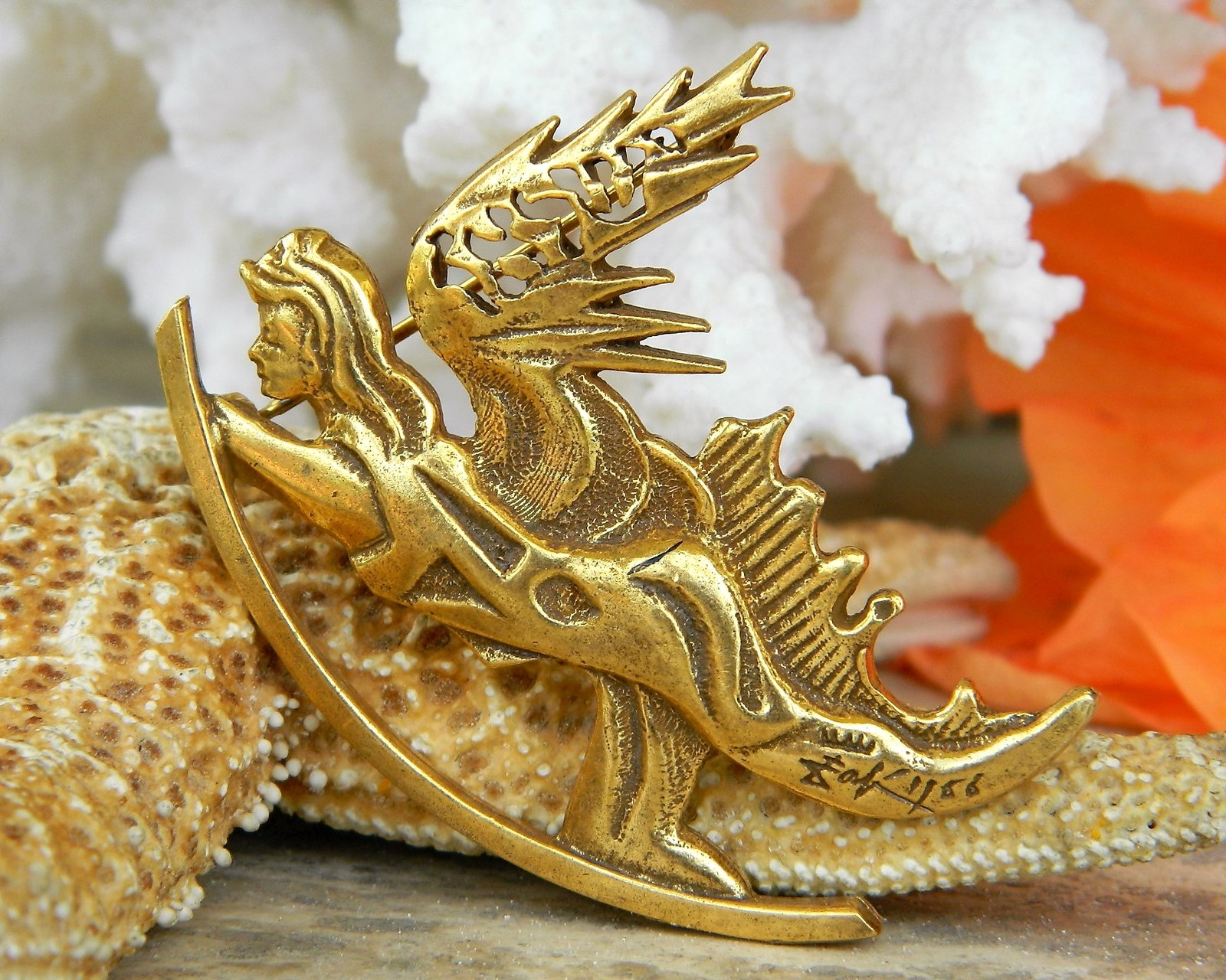 Vintage salvador dali winged angel pin brooch judaica israel signed