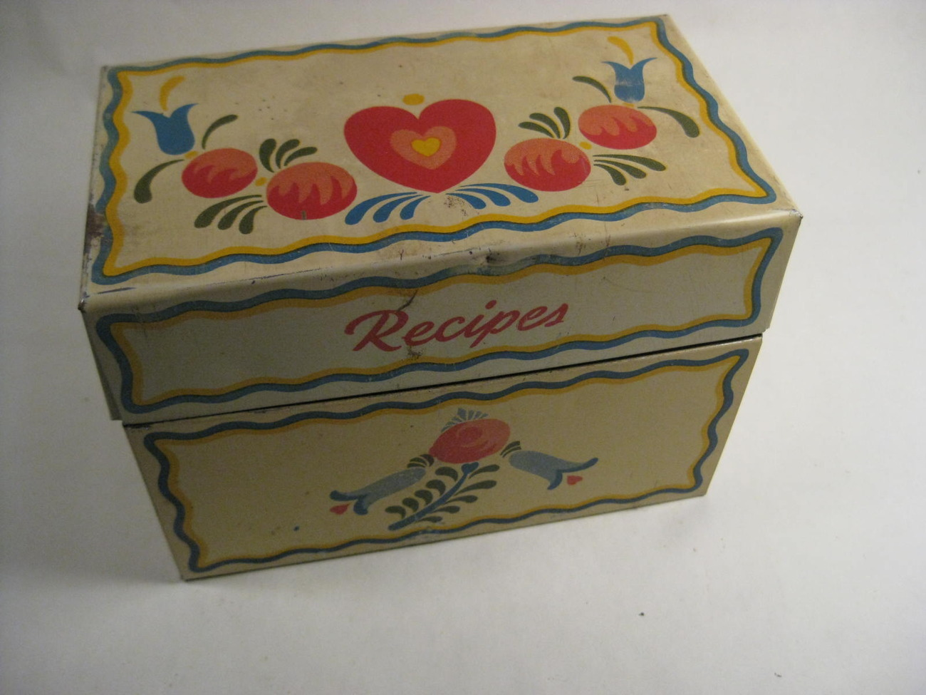 Primary image for VINTAGE RECIPE BOX 1940's TIN VINTAGE OHIO ARTS