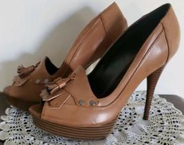 Simply Vera ~ Vera Wang ~ Women's Size 8 ~ Tan w/Tassels ~ Platform Shoes - $40.00