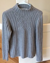 Gray Pullover Sweater Casual Corner Petite Womens Small - $19.99