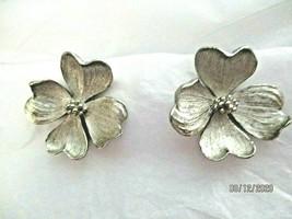 "Vintage Marvella Dogwood Flower  1""  Clip Earrings Silver Tone Signed - $14.84"