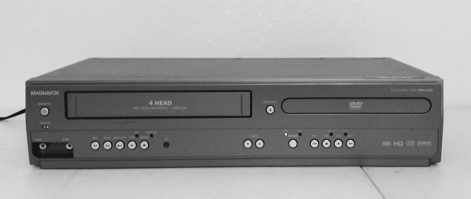 Magnavox MWD2206 DVD/VCR Combo Player VHS and 50 similar items