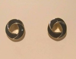 Vintage Signed Trifari Black And Gold Earrings - $9.90