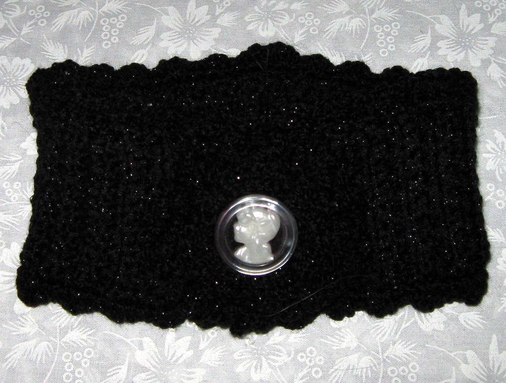 Ladies Scarf, Pretty Glitterspun Black neck scarf