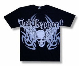Def Leppard-Winged Skull-Jumbo Print-Small Black Lightweight T-shirt - $13.54