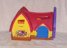 SNOW WHITE & THE 7 DWARFS MUSICAL COTTAGE LITTLE PEOPLE HOUSE 2012 - $18.99