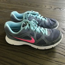 Nike Revolution  Running Athletic Gym Shoes  Women Size 8US/39EU - $12.87