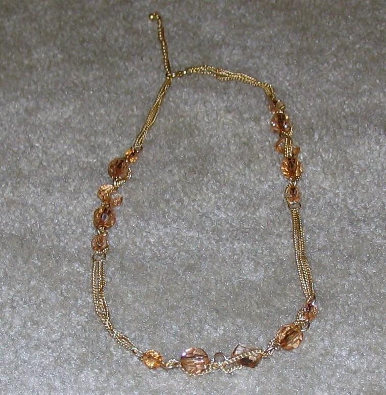 Gold necklc 2
