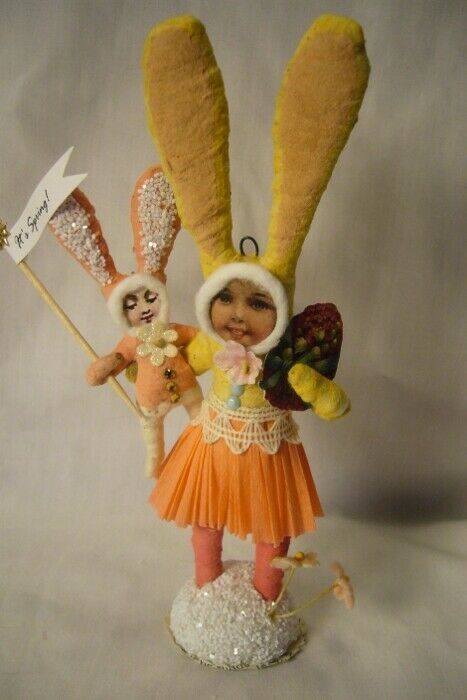 Vintage Inspired Spun Cotton, Bunny Mom and Child  167