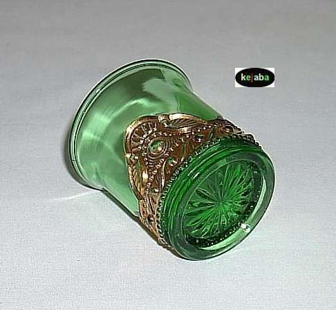 Lacy Medallion Green W/gold Toothpick Holder By Summit