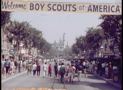 Walt Disney's Disneyland and Freedomland Theme Parks DVD