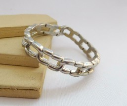 Retro 80s Plastic Silver Tone Metal Look Link Stretch Bangle Bracelet G17 - $10.19