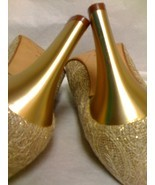 VIA SPIGA GOLD EVENING PUMPS SIZE 8 B  - $33.99