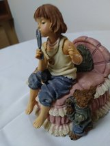 "Boyd's Vintage ""Yesterdays Child"" Figurine Music Box 2E/4904 Figurine image 2"