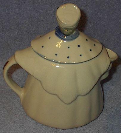 Vintage Shawnee Pottery Granny Ann Figural Teapot Tea Pot