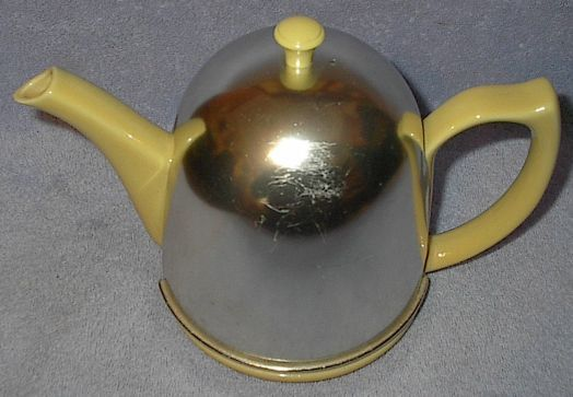 Yellow hall teapot1