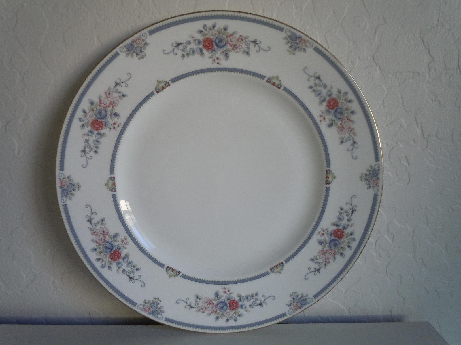 Wedgwood Charlotte Dinner Plate