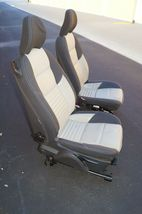 08 Volvo C30 R-DESIGN Front Seats W/ Airbags & Tracks image 8