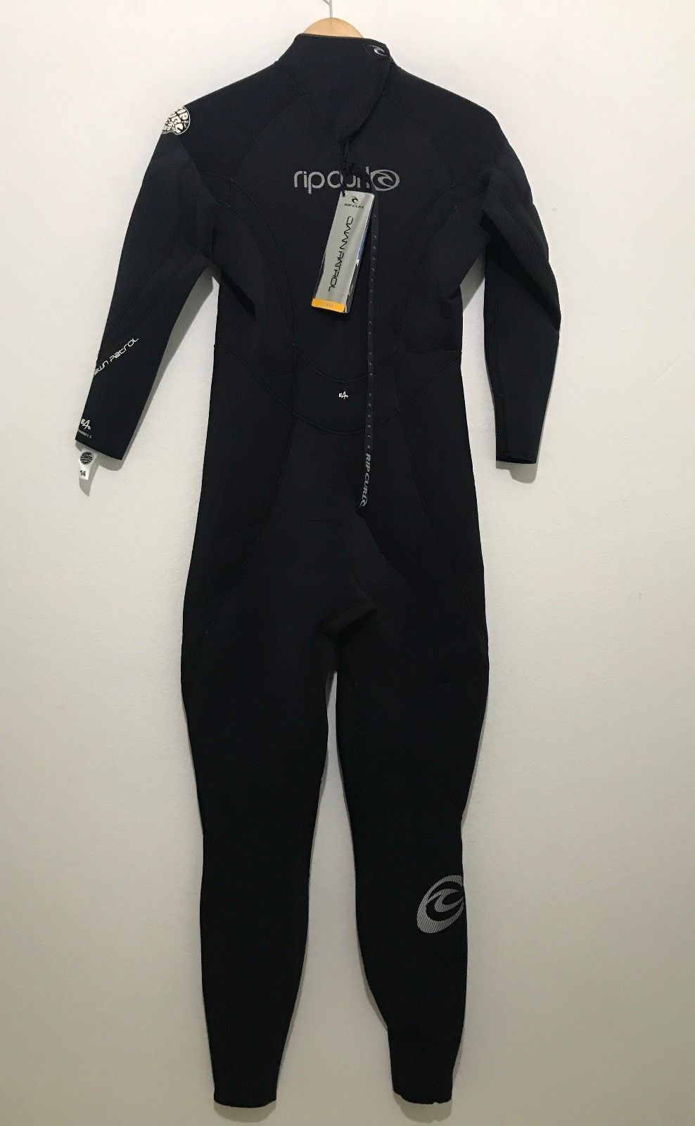 ... Rip Curl Womens Full Wetsuit E4 Sealed 4 3 NWT Ladies Size 14 - Flash  ... 3e8320556