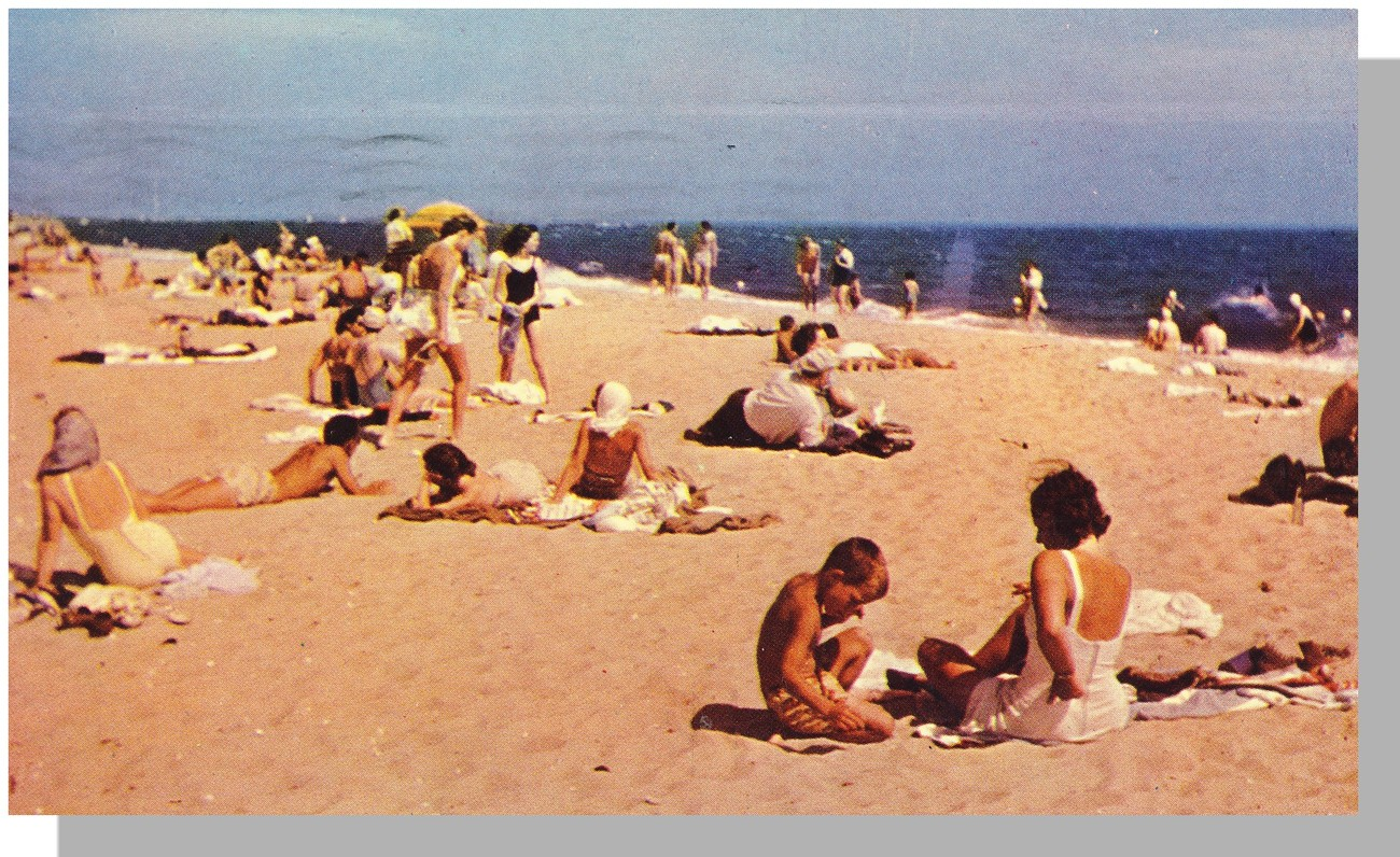 Cape Cod, Mass/MA Postcard, Beach Scene/1954