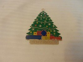 GTE 1991 Happy Holidays Flat Gold Tone Metal Ornament Christmas Tree - $11.14
