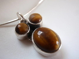New Triple-Gem Tiger Eye Sterling Silver Pendant India - $9.89