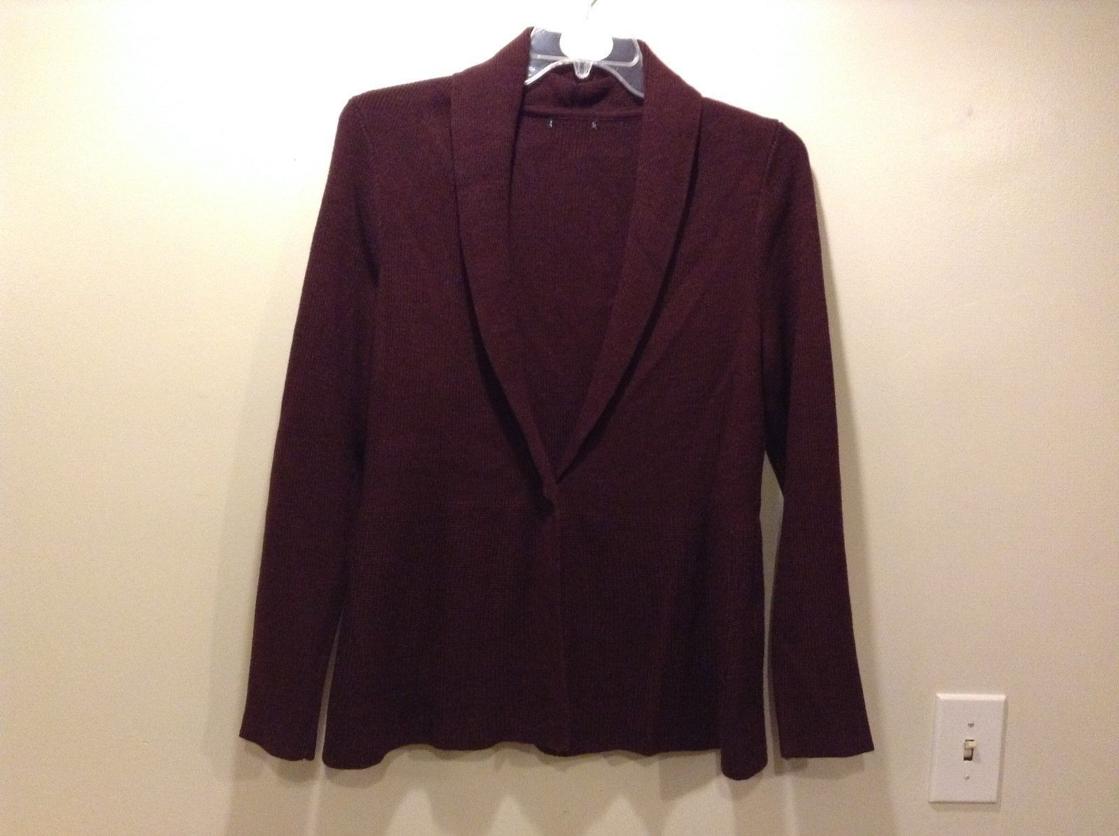 H&M Low Front Collared Burgundy Sweater