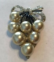 Vintage New England Glass Works Simulated Pearl Rhinestone Dress Clip 19... - $22.28