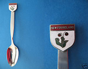 NEWFOUNDLAND PITCHER PLANT FLOWER Collector Souvenir Spoon