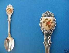 CHRISTMAS HOLLY PLANT Collector Souvenir Spoon - $6.59 CAD