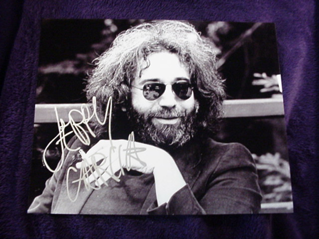 Primary image for JERRY GARCIA  Authentic Autographed Signed Photo w/COA  - 433