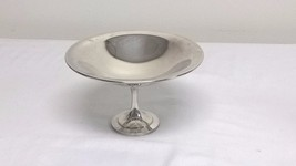 WM A Rogers Oneida Silverplate Pedestal Bowl 7-... - $13.71