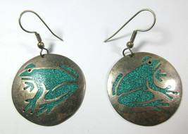 Vintage Alpaca Mexico Silver Frog Crushed Turquoise Chip Inlay Circle Ea... - €16,25 EUR