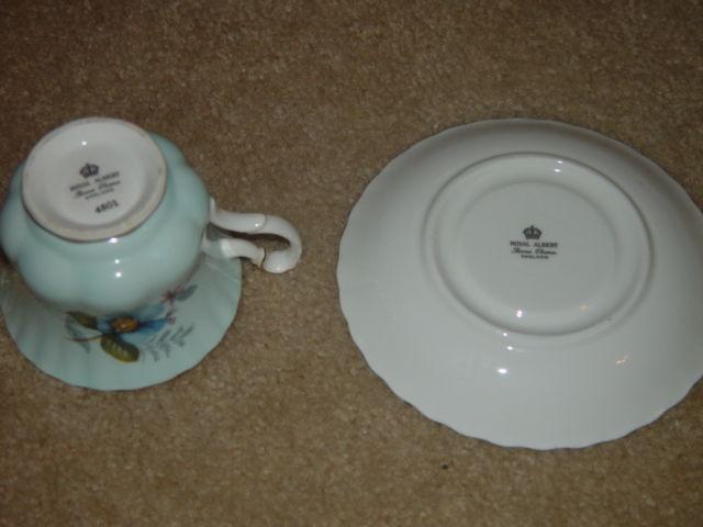 Royal Albert Bone China  Cup & Saucer Set England 4501