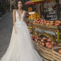 Sexy Deep V-neck Lace Appliqued Soft Tulle Bohemian A-line Beach Wedding Gown