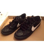 2009 Nike Court Low Black / White Shoes 344143-011 Size 9 (102) - $42.75