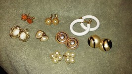 Vintage Napier all signed set of 8 pairs screw back/ clip on earrings al... - $24.99