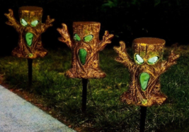 Halloween Spooky Trees Light Up Lawn Stakes Pathway Markers -Sound/Light - €17,08 EUR