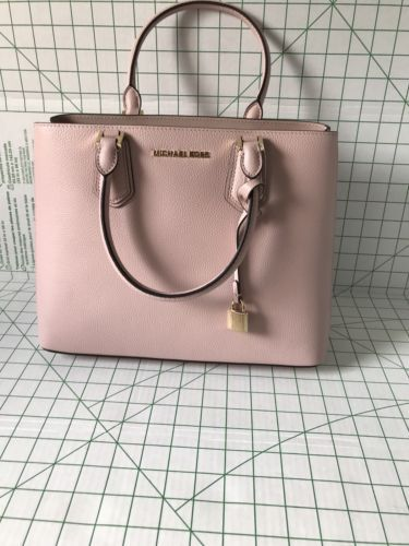 fdfd6c6a0559 NWT Michael Kors Handbag Adele LG Mercer and 50 similar items