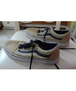 "Mens ""off the wall"" tan and navy canvas lace front shoes size 9.5 by VANS - $23.50"