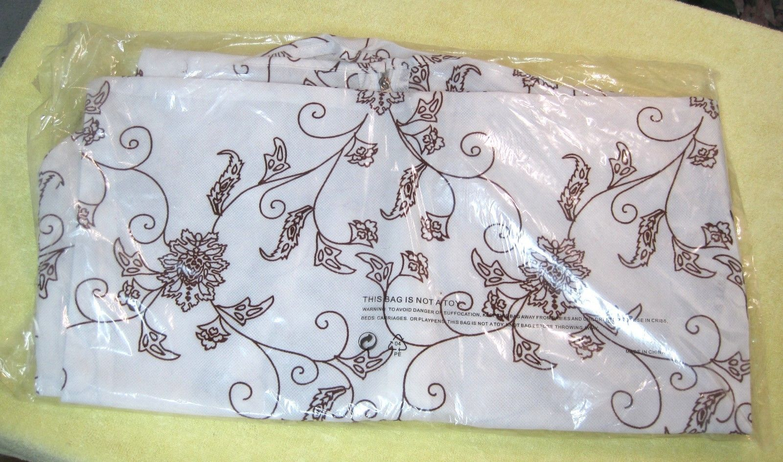 Primary image for New in Package Brown & White Floral Dress Dust Cover Bag Breathable Fabric