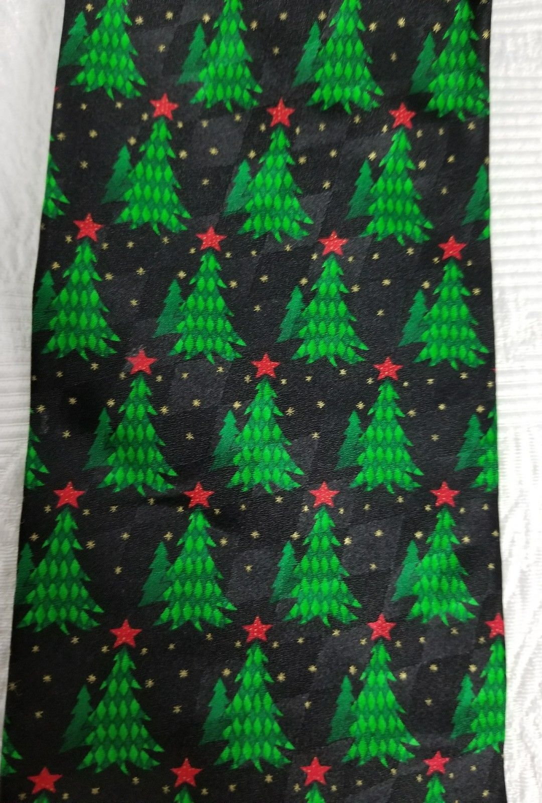 New Men's Christmas Tree Neck Tie Hallmark Holiday Traditions