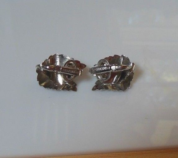 Vintage Signed Giovanni Textured Silver-tone Double Leaf Clip-on Earrings
