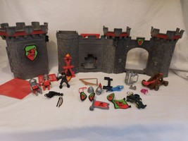 PLAYMOBIL 5803 Knights Castle Medieval Red Wolf with Figures - $48.03