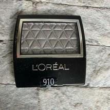 L'Oreal #910 Pure Silver Wear Infinite Studio Secrets Eye Shadow - $7.89