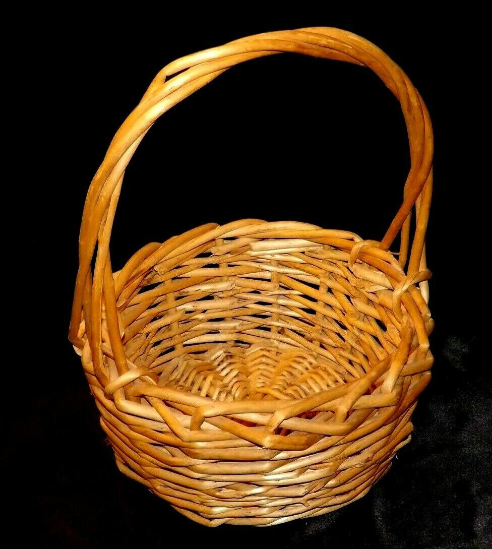 Handmade Woven Wicker Basket with Handle AA-191709  Vintage Collectible