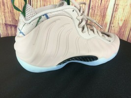 New Nike Air Foamposite One Particle Beige AA3963-200 Women's Size 7.5 M... - $93.14