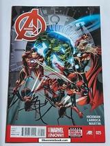 The Avengers #25  (2013 5th Series) High Grade Collectible Comic Book MARVEL! - $9.99